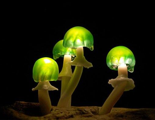 5-Lampe-Champignon-LED-Mushroo-Yukio-Takano
