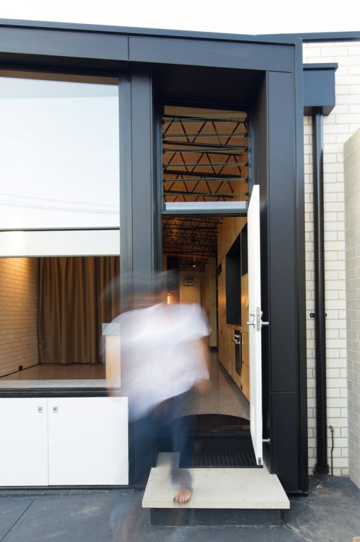 10-hello-house-in-melbourne-by-off-architecture