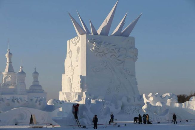 Harbin-Ice-and-Snow-World-Photo-by-China-Barcroft-Media