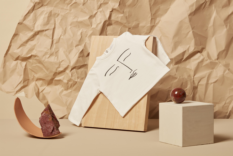 Le doux minimalisme du sweat DODO  Collection LOUP automne hiver 2018-2019 © photo AKATRE